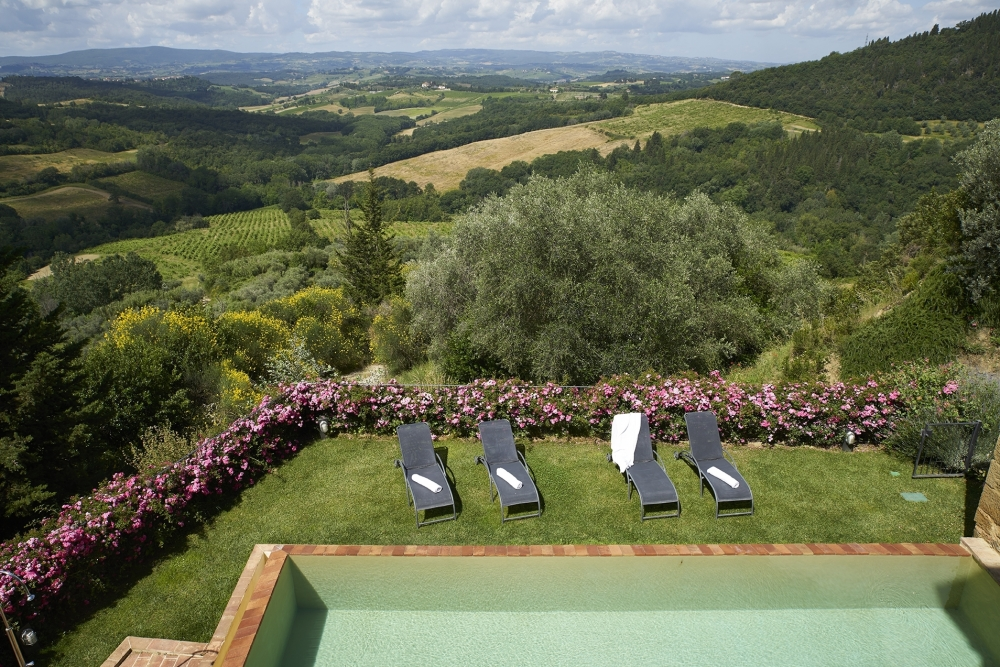 Renting a villa in Tuscany is the ideal way to experience the local lifestyle - NewTuscanExperience